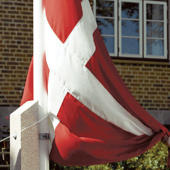 Komplet 10 mtr. flagstang på betonstøtte-322